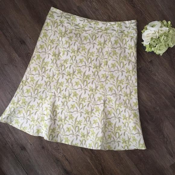GAP Dresses & Skirts - GAP Floral Midi Skirt!